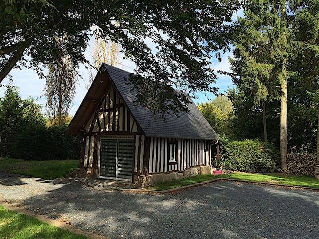Maison Normande Atypique En Duplex - Bonneville-la-Louvet - Casa