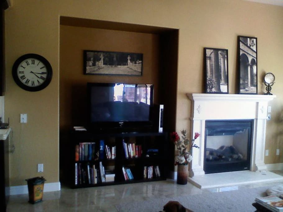 Gas Fireplace, TV in Family Room