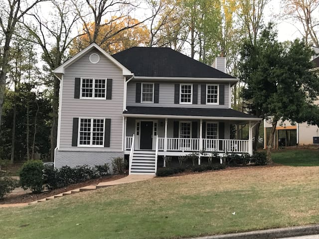 Great Home North of Atlanta. - Sugar Hill - Casa