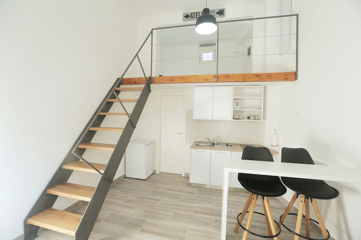 PERFECT location & stylish loft apartment