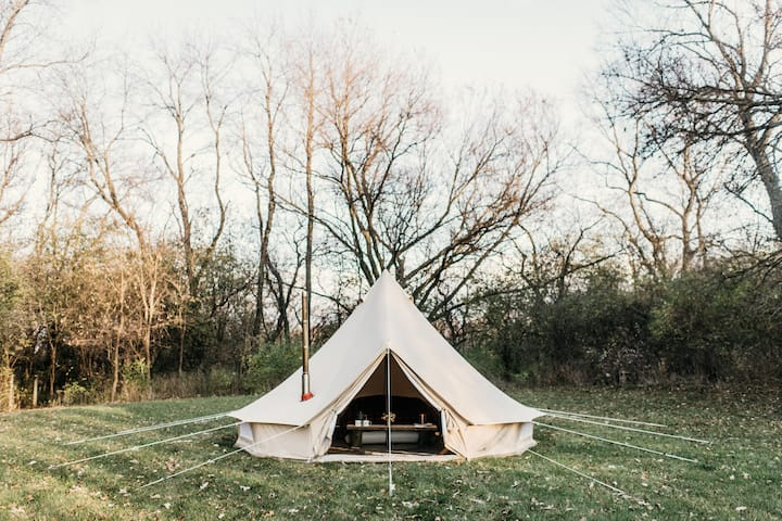 Glamping Farmstay near Madison