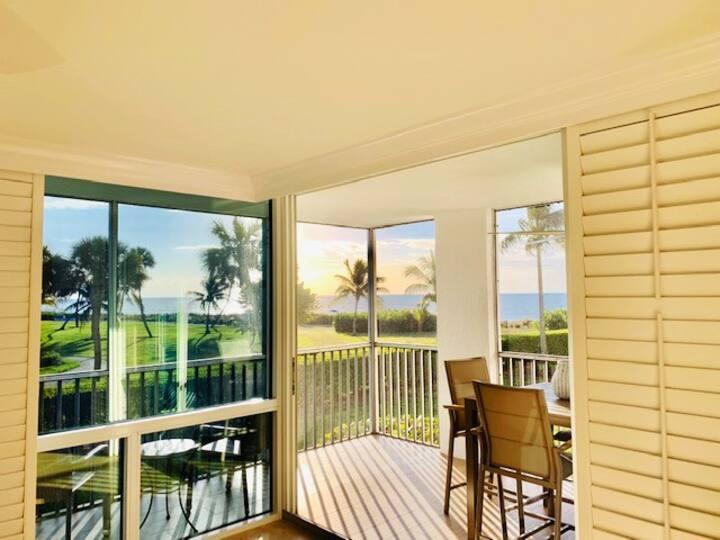 Luxury 2-Bedroom Condo with Panoramic Gulf Views!