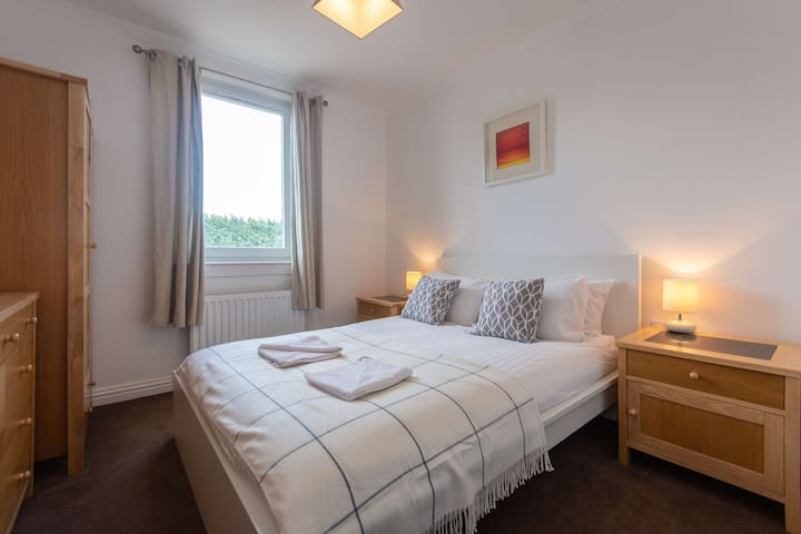 Cosy Apartment in St Andrews - Free Parking