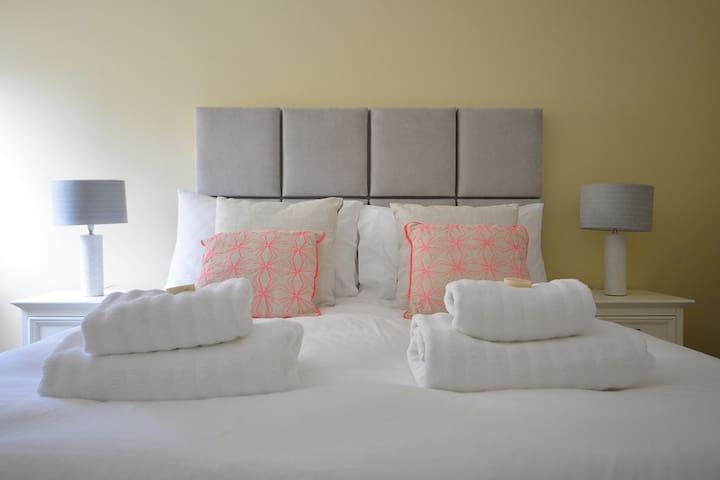 CEANN SCRIBE - 5 bedroom home