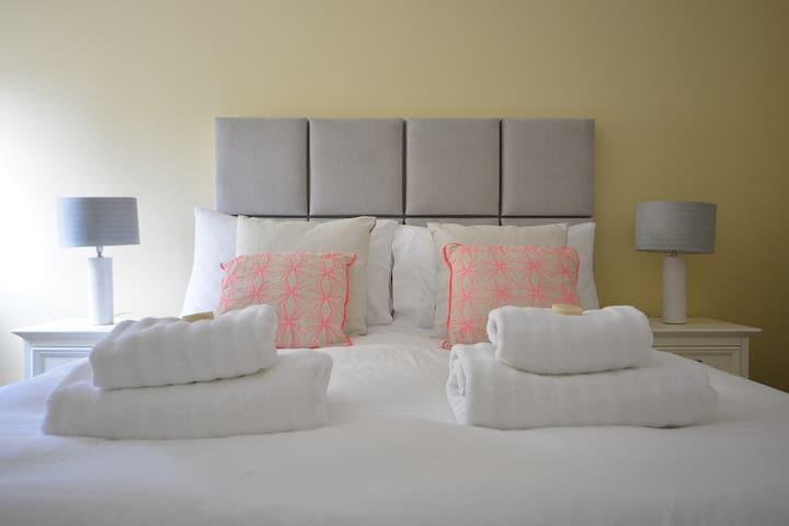 CEANN SCRIBE - 5 bed