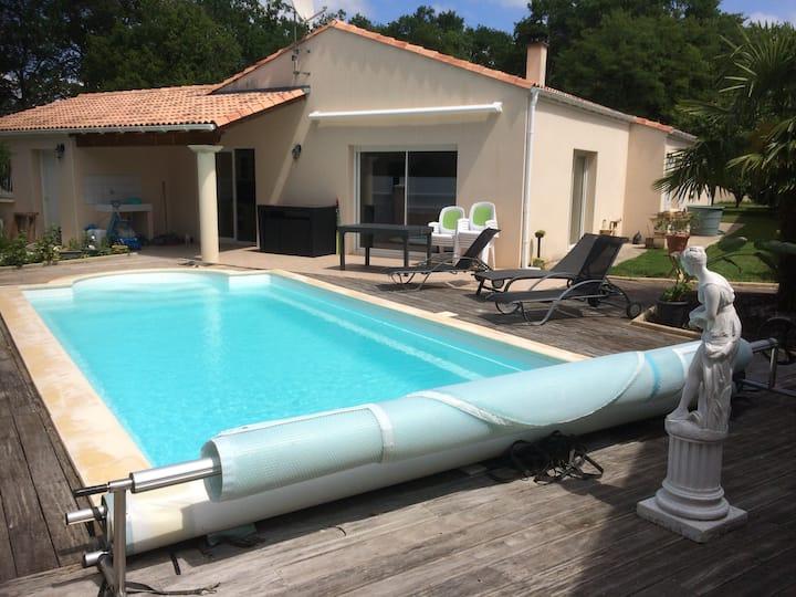 VILLA + PISCINE Charente-Maritime