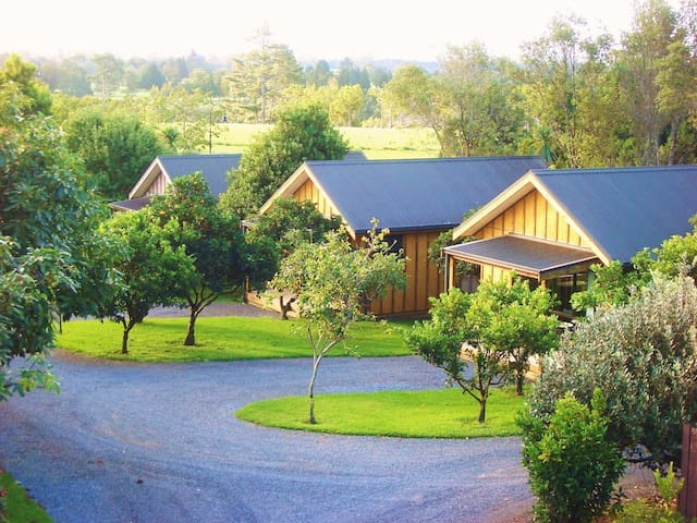 Secluded Chalets in Kerikeri Center