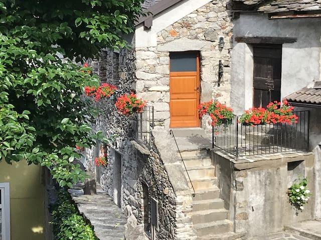 Sweet Stone Cottage♥