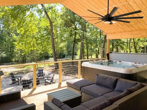 The River House  (Hot Tub, Modern, Couples, View)