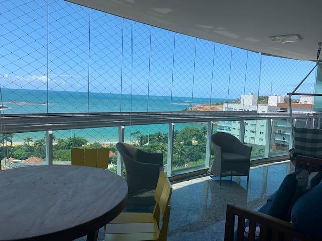 Apto alto padrão vista mar Bacutia Peracanga