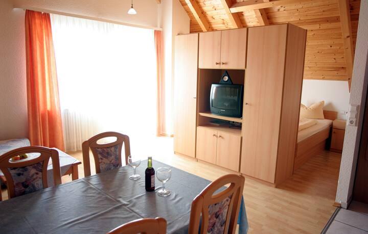 Sommerhof Rauber, (Immenstaad am Bodensee), Ferienwohnung Typ A 23, 38qm
