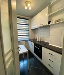 Oltel Luxury Apartment 3 - Craiova Downtown