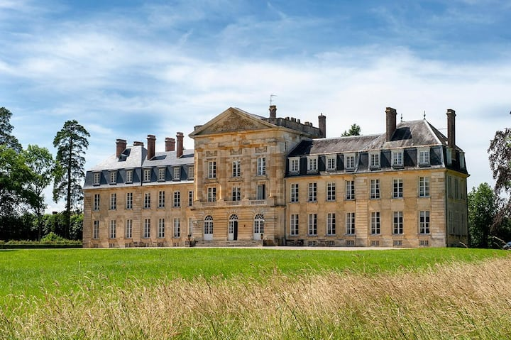 Chateau Des Roses at Normandie