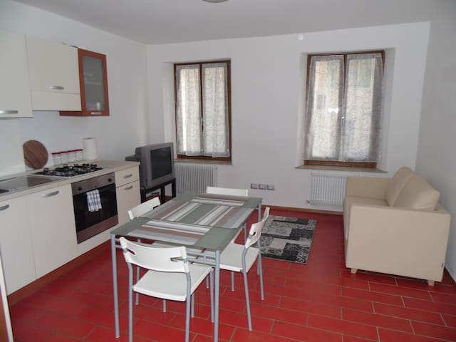 Convenient mini, strategic position - Feltre - Apartamento