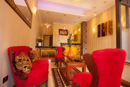 After 40 Hotel - Nairobi - Muu
