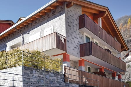 Holiday apartment with 1 bedroom on 60m² in Chiesa in Valmalenco