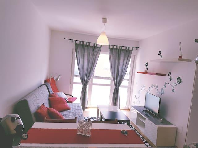 Precioso apartamento con piscina. - Unquera - Lejlighed
