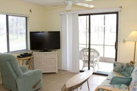 Easy, Breezy Ground Floor Corner Unit - Saint Augustine - Condominium