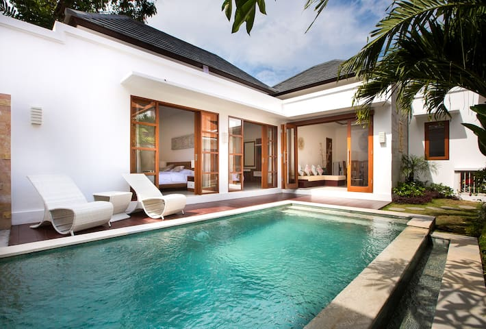 2BR Villa Manis Manis in the heart of Seminyak - Kuta