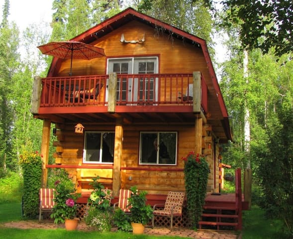 LOG CABIN ON THE RIVER! Sleeps 4*Alaskan ADVENTURE