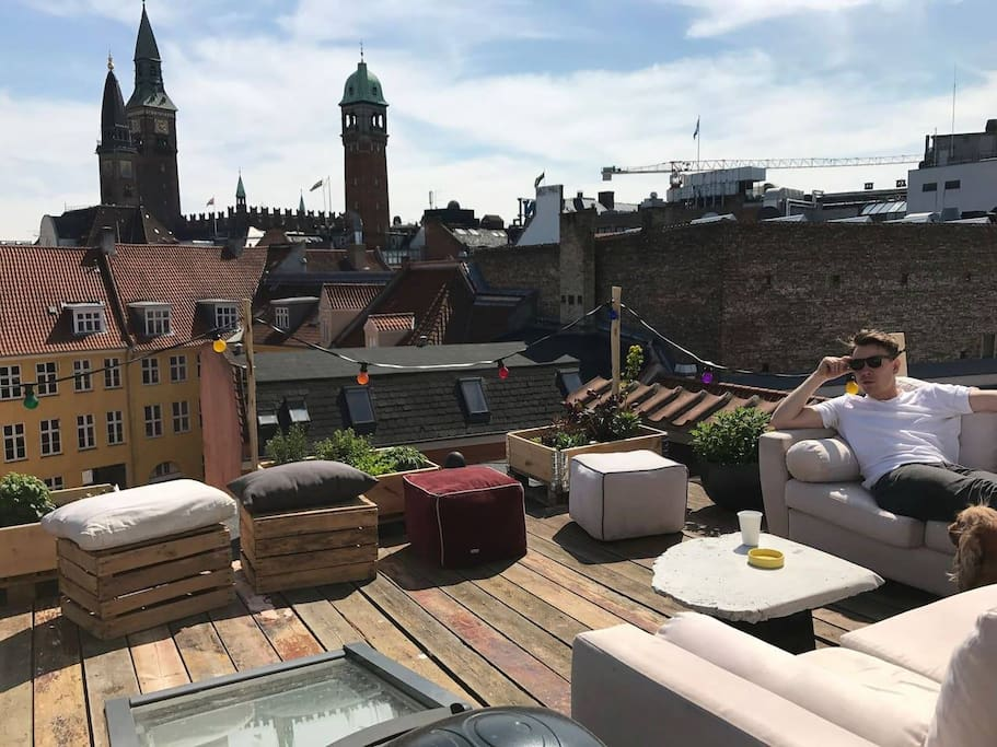 Private roof-top with a view