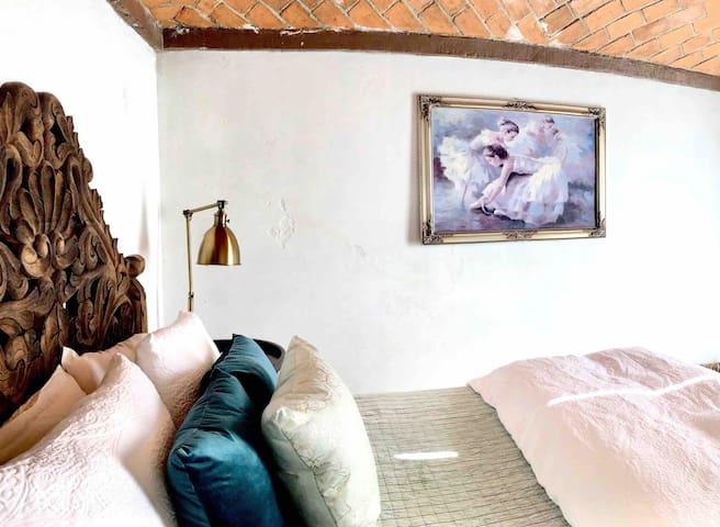 Casa de las Guijas.