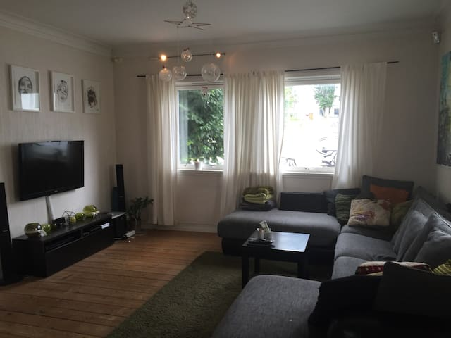 Cosy Appartment Close To City Center - Large Room - Stavanger - Apartemen