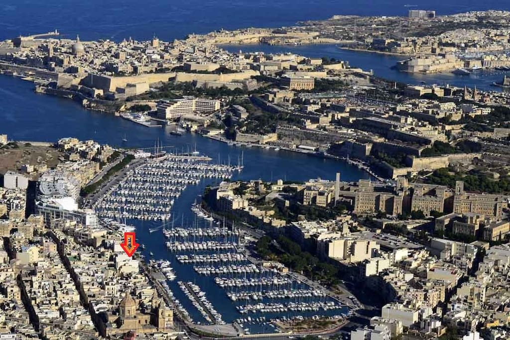 Aerial Photo of Msida with exact location of apartment marked with an arrow