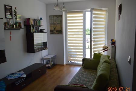 Near by Airport Jasionka, comfortable and quiet - Trzebownisko - Huoneisto