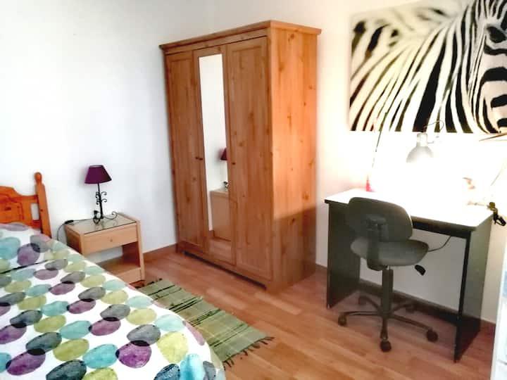 Alquilo habitación privada individual