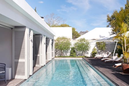 The Pool Suites @ The Robertson Small - Robertson - Boutique-hotelli