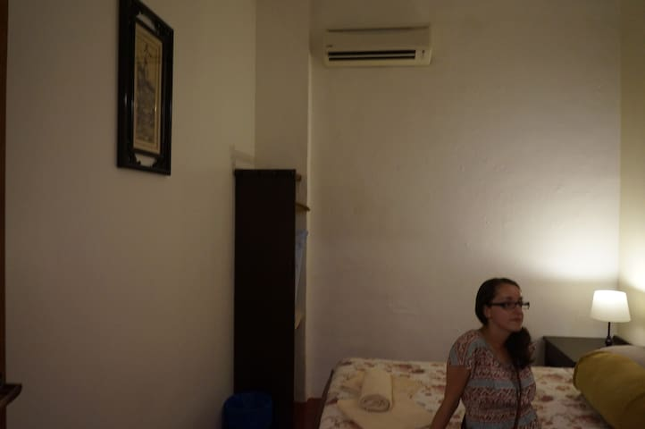 Sojourn Beds & Cafe double room with AC - Taiping