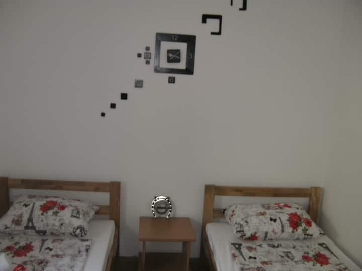 Rooms 12, A&A Hostel, Novi Sad