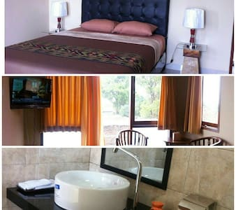 Rumah 88, a Homey Bed & Breakfast (Room A Only) - Bandung - 住宿加早餐