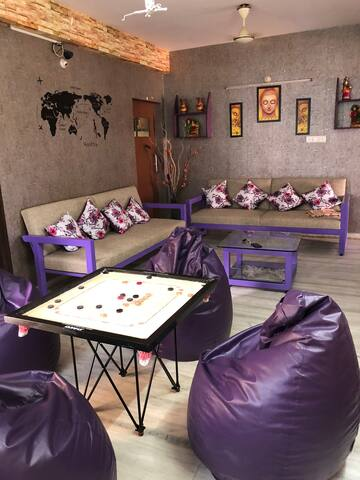 Backpackers Hostel ( Centre of Hitech City )