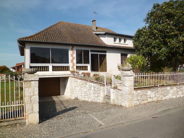 Logement GOLFECH - Golfech - House