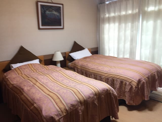 Rm#1, COZY Twin Room for 2 Persons - Hakuba-mura - Hus