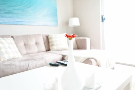 ✫UPSCALE 2BD SUITE - STUNNING VIEWS + PARKING!✫ - Santa Monica - Apartment