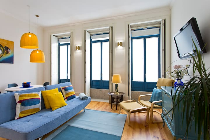 Stylish apartment-historic center
