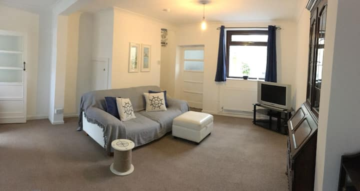 Cosy and Comfortable Holiday Home in Llanelli.