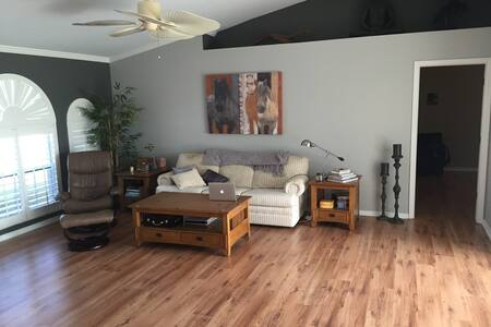 Fun in the sun! Relax at home... - Cape Coral - Maison