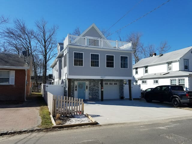 Jersey Shore Beach Home -  Enjoy being at 'home'