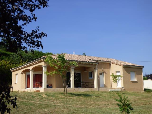 Natural's Spring Villa