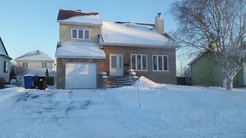3 rooms basement for rent in Vaudreuil, QC, Canada