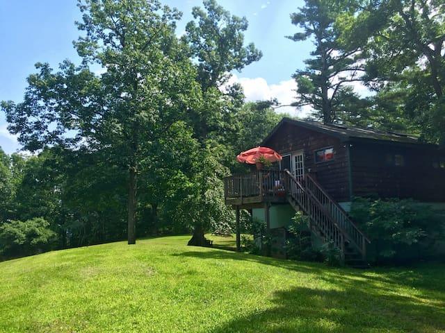 Sunset Private Mountaintop Getaway - Woodstock - Apartamento