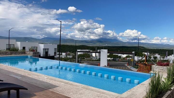 Linda Casa en Zibatá, plunge pool y asador