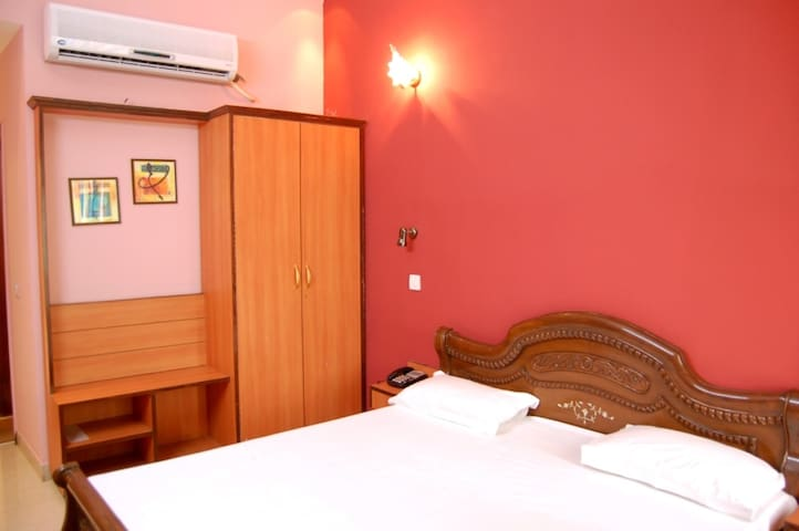Hotel D R International - Ambala Cantt - Penzion (B&B)