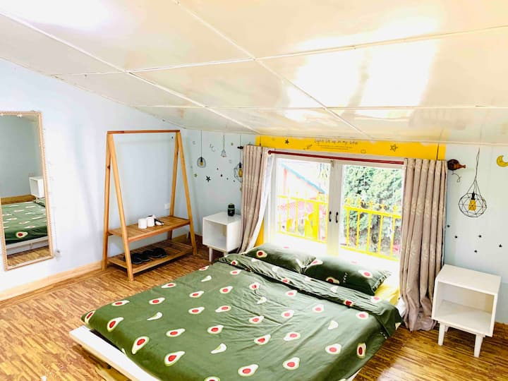 C4 - DELUXE DOUBLE WITH BALCONY  AND GARDEN VIEW
