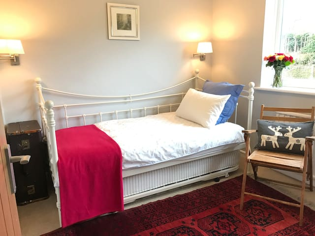 Whaley Bridge Cosy Retreat