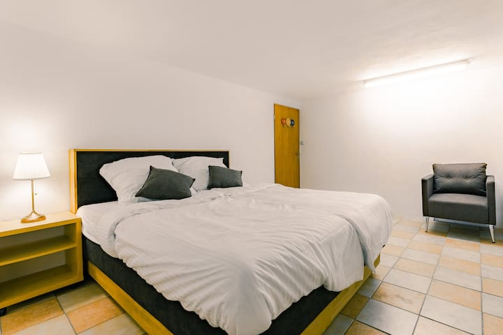München/Großhadern Privatzimmer Nr5 im Haus